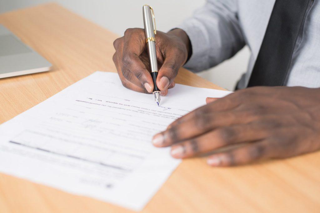 документы подпись фото